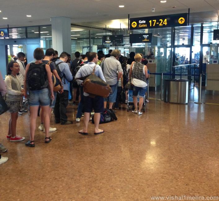 Stockholm Arlanda Airport - Passport Control Que