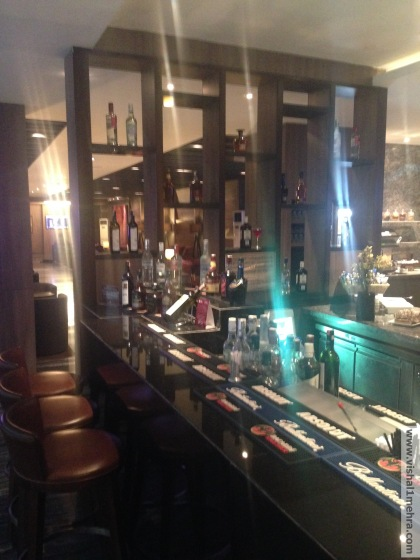 Plaza Premium Lounge Delhi -  Bar
