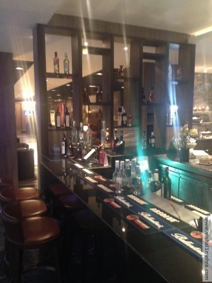 Plaza Premium Lounge Delhi -  Bar