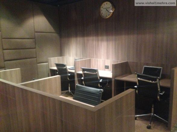 Plaza Premium Lounge Delhi -  Business Centre